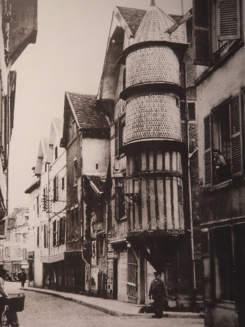troyes 2